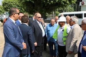 محافظ القاهرة يقوم بجولة لأحياء مصر الجديدة والنزهة